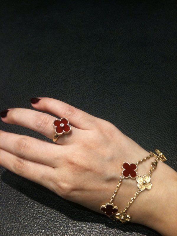 Vcf Carnelian Vintage Alhambra Love Fashion Jewelry Box
