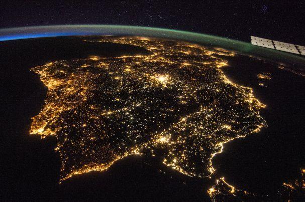 Noticias ao Minuto - NASA comemora Dia da Terra com imagens brilhantes