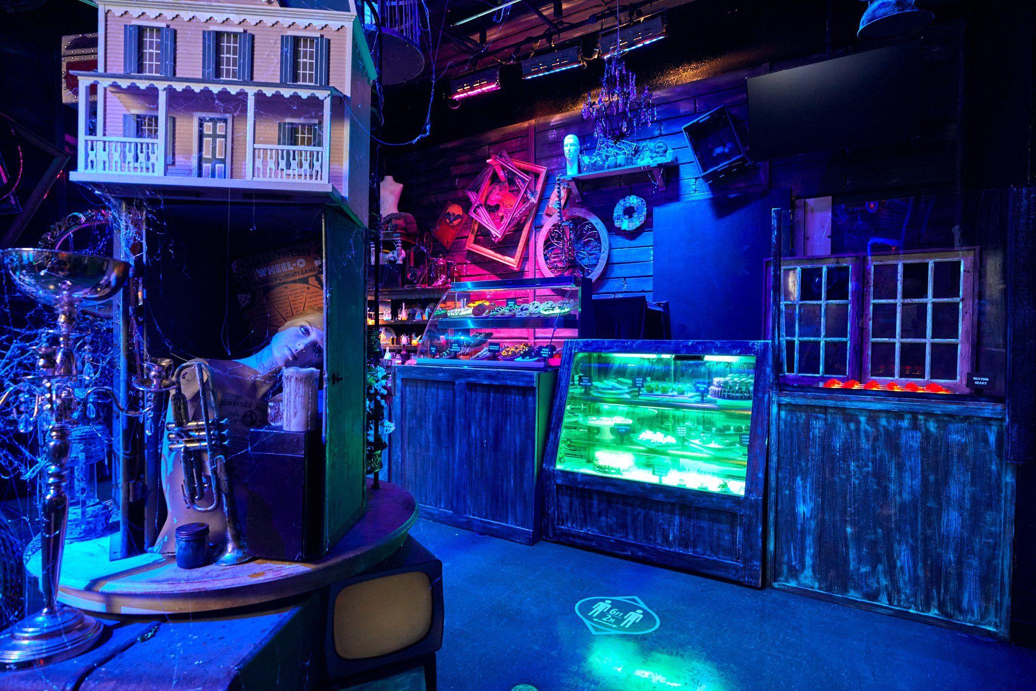 Halloween 2020 When Debut Beetlejuice Room & New Snacks debut at Halloween Horror Nights