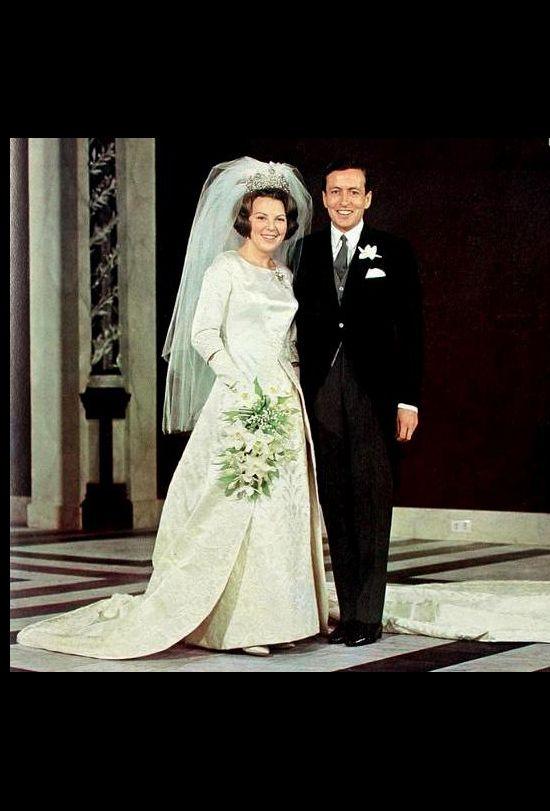 12 Years Of Royal Wedding Dresses | Koninklijke bruidsjurken ...