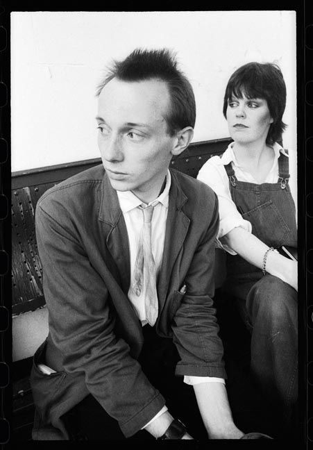 HOWARD DEVOTO & LINDER STERLING [22 June 1977; Salford, Manchester | ©KevinCummins]
