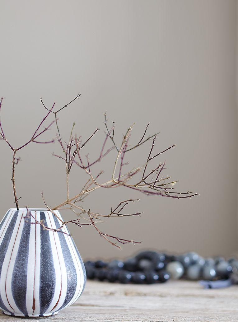 alpina alpina feine farben no 02 nebel im november melancholisches mittelgrau living in. Black Bedroom Furniture Sets. Home Design Ideas