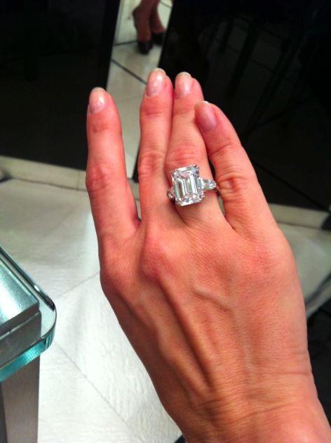 Engagement Ring Carat Sizes