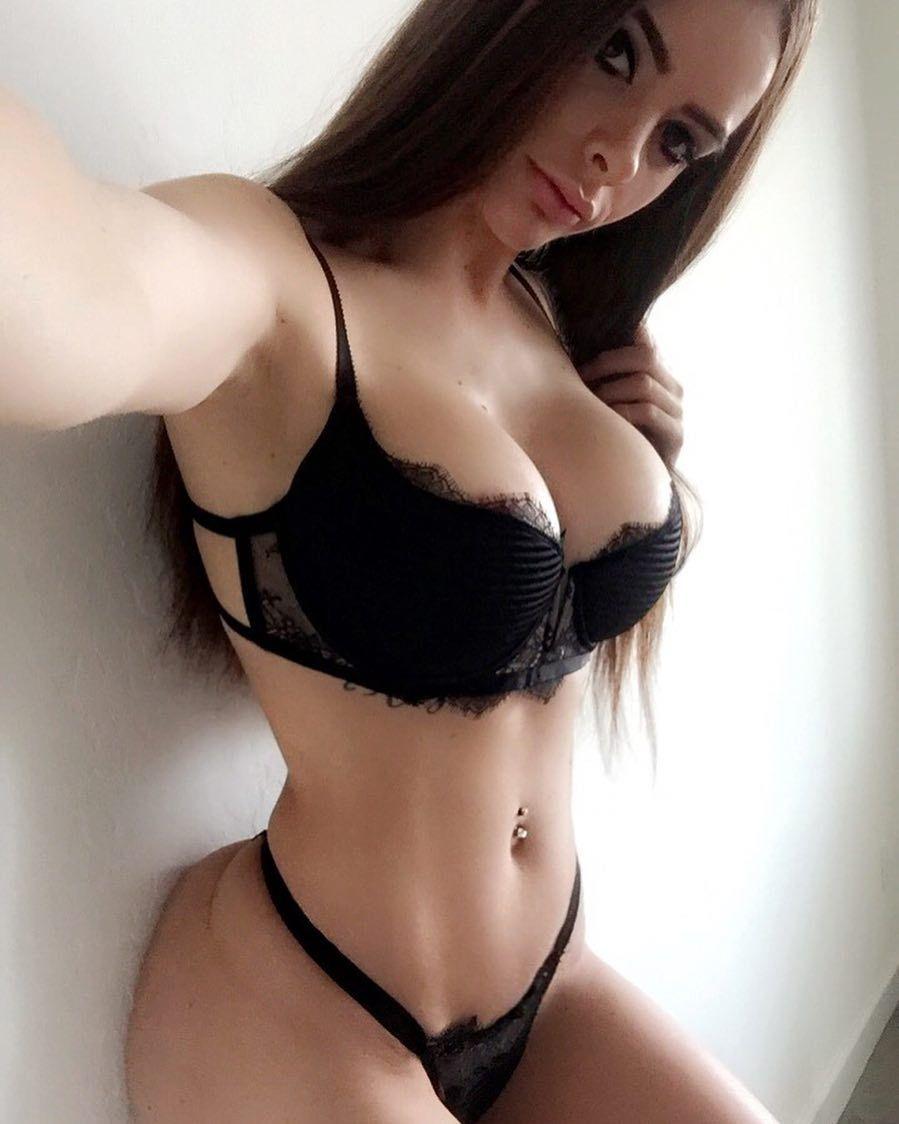 Allison Parker Hot pin on desire