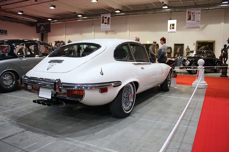 File:Jaguar E Type V12   Flickr   Jns001