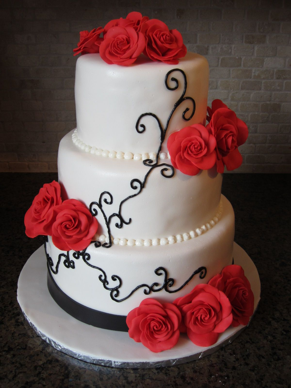 wedding cakes red and white black   Red Rose Wedding Cakes » Diary ...