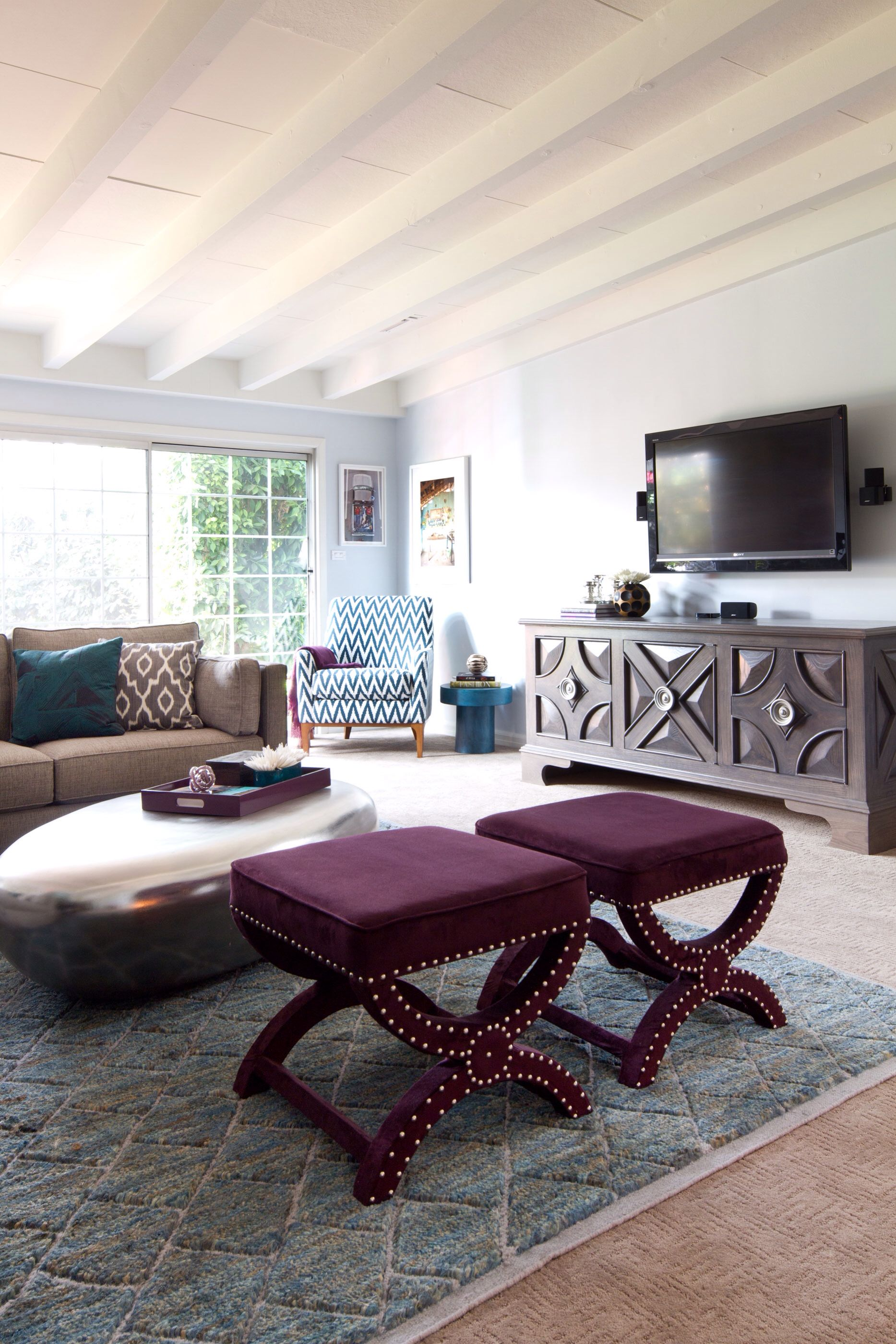 Formal Living Room Interior Design: Living Room With Teal And Plum Accents. Designed By Shirry