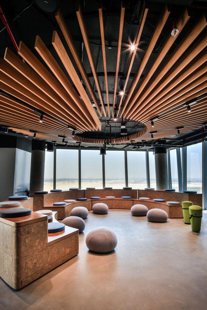 Government/Semi-Government Designs: Smart Dubai Office, Dubai - Love That Design