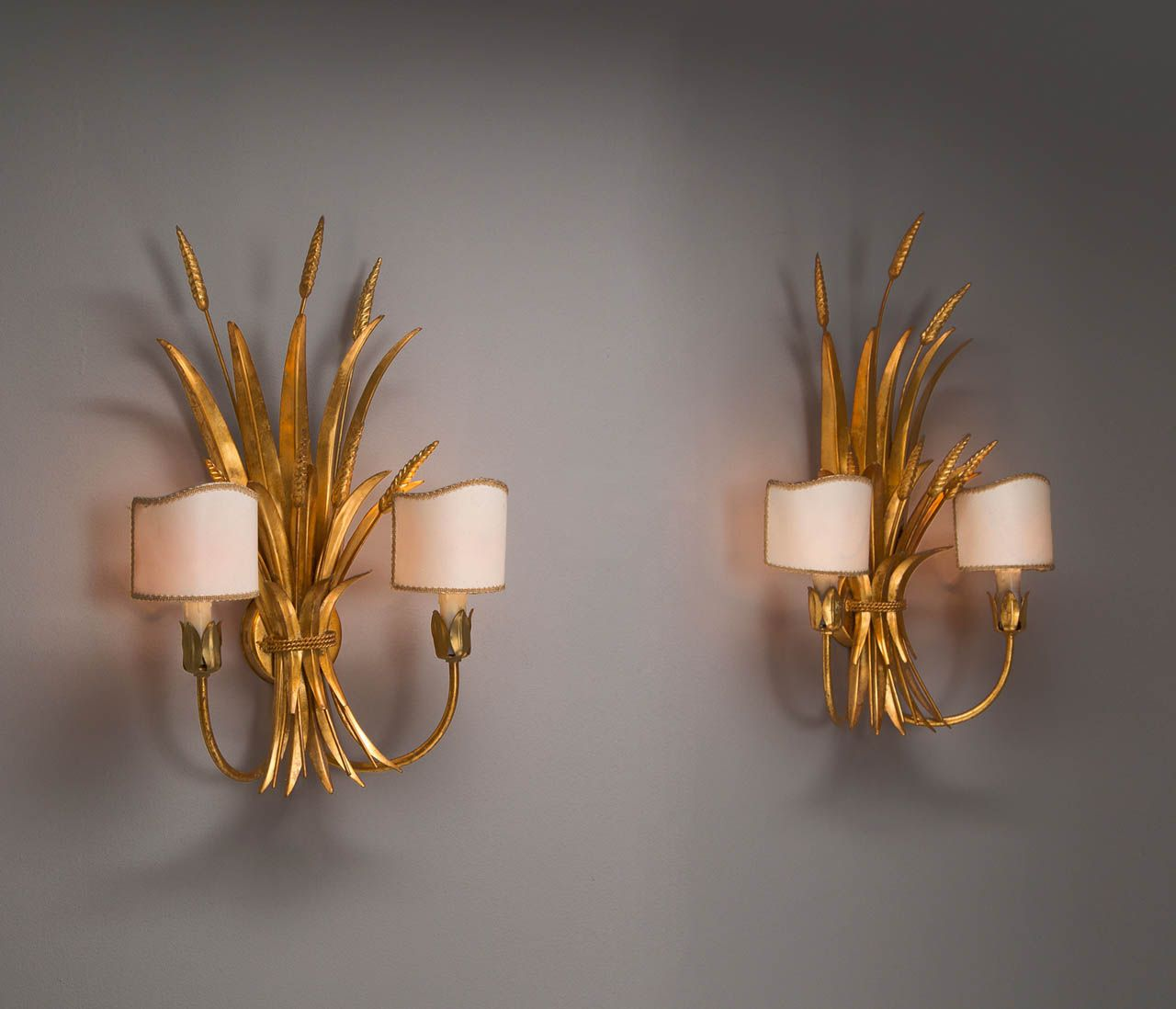 Set Of 4 Wheat Sheaf Sculptural Wall Lights 1stdibs Com Wall Lights Vintage Wall Lights Lights