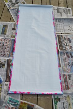 Make A No Sew Fabric Covered Roller Shade The Diy Mommy Diy Window Shades Roller Blinds Diy Roller Shades Diy