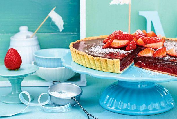 Unser beliebtes Rezept für Erdbeer-Tarte mit Schokocreme und mehr als 55.000 weitere kostenlose Rezepte auf LECKER.de.