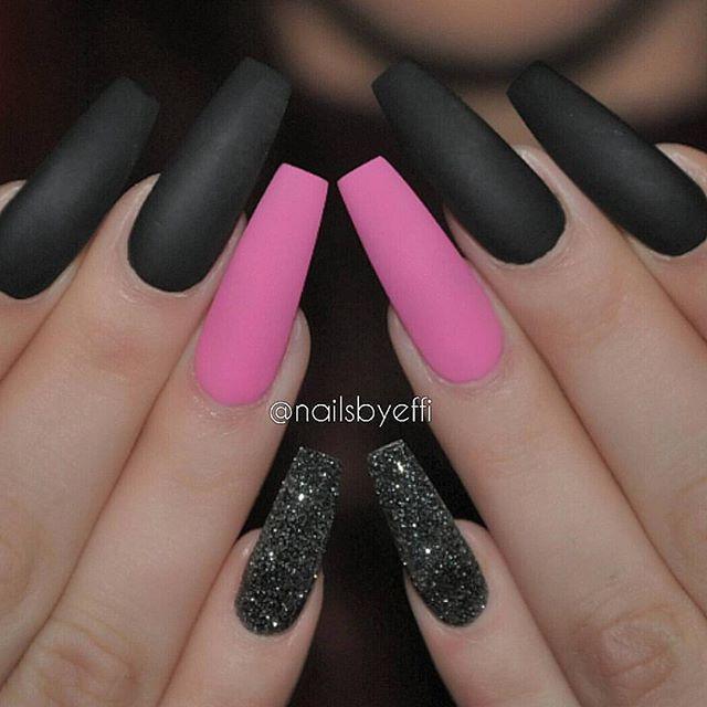 Cakefaceconfessionofficial On Instagram Pink Black Matte Glitter Nailsbyeffi Matte Pink Nails Black Nails With Glitter Pink Black Nails