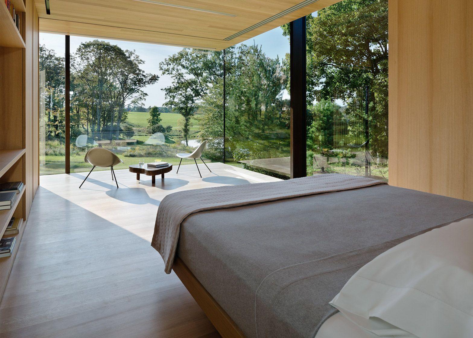 Desai Chia creates a glass box home in rural New York State ...