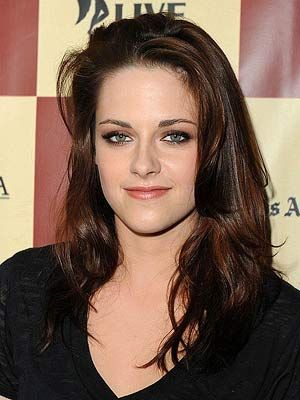 Letter to My Younger Self: Kristen Stewart  http://www.lhj.com/style/covers/letter-to-my-younger-self/?page=2