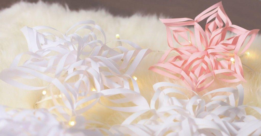 DIY: fabriquer des flocons de neige en papier, étoiles. #floconsdeneigeenpapier