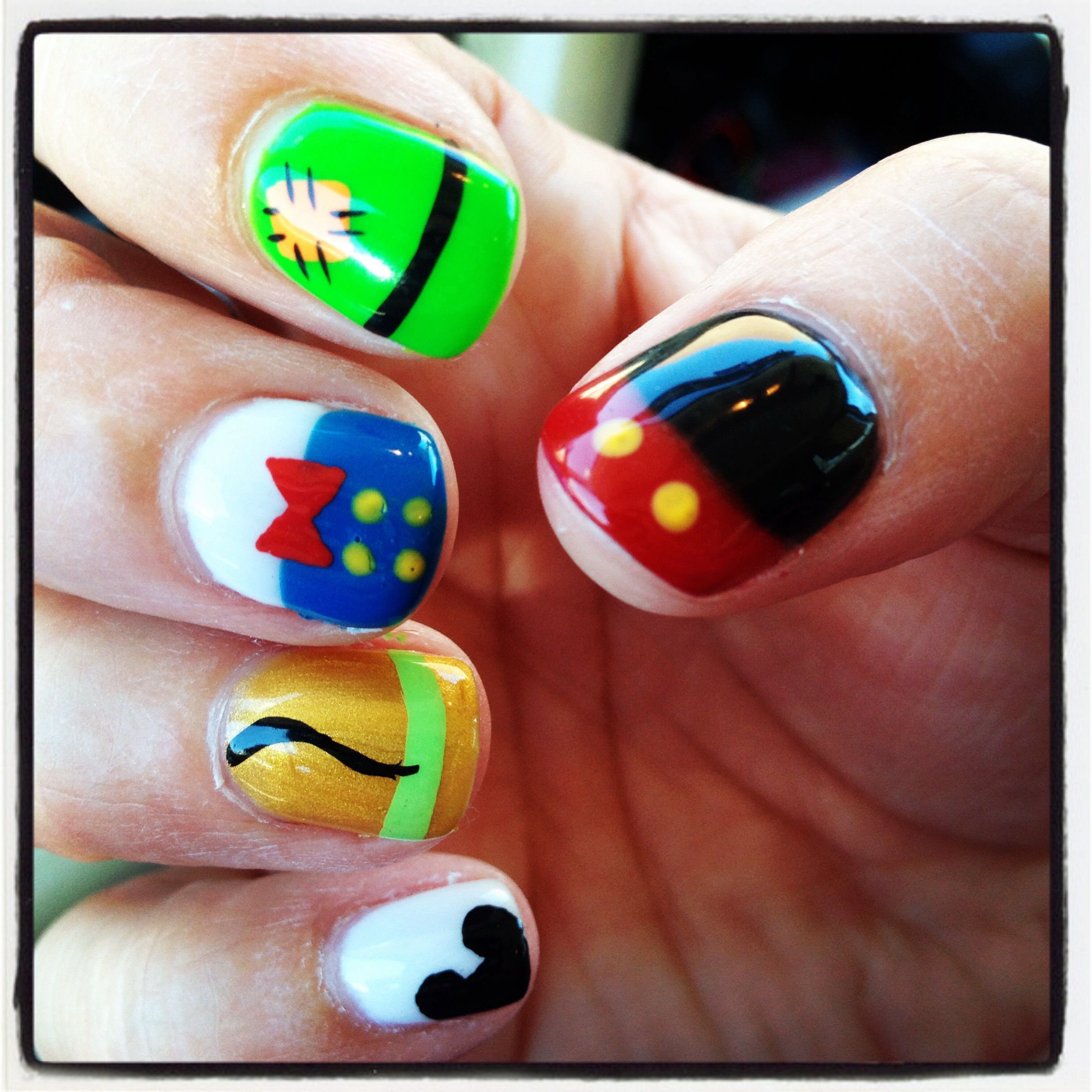26 Disney Nail Art Designs Ideas: Disney Character Fingernails That My Sister-n-law Did For