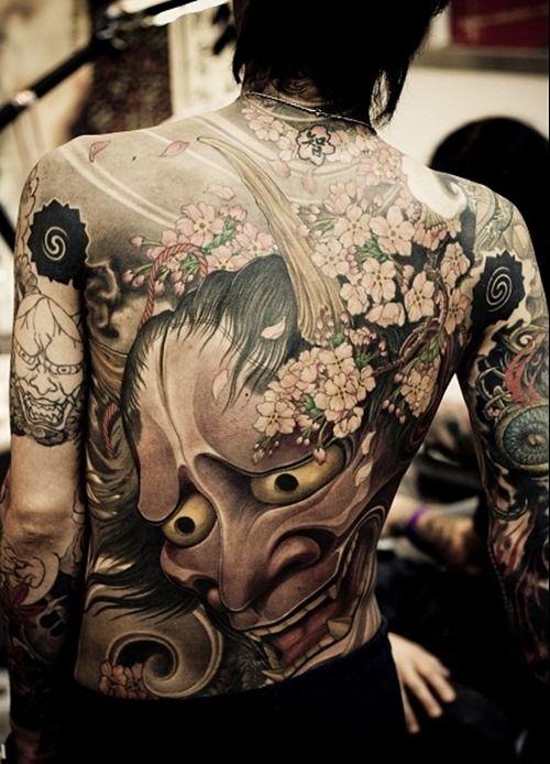 Man Yakuza Cigar Tattoo: Amazing Back Tattoo Designs For Men (8)