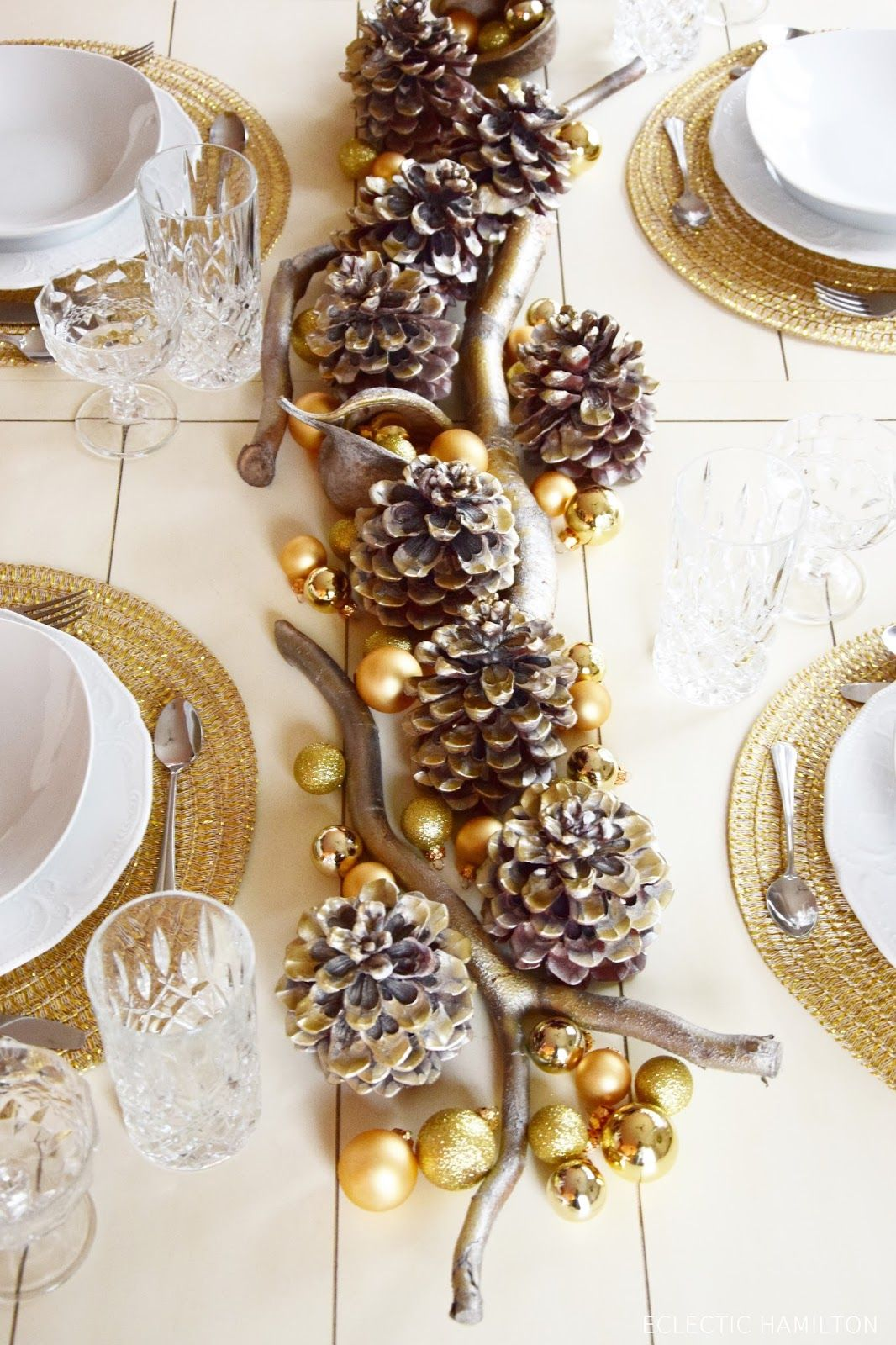Golden Christmas Tischdeko In Gold Table Settings Pinterest
