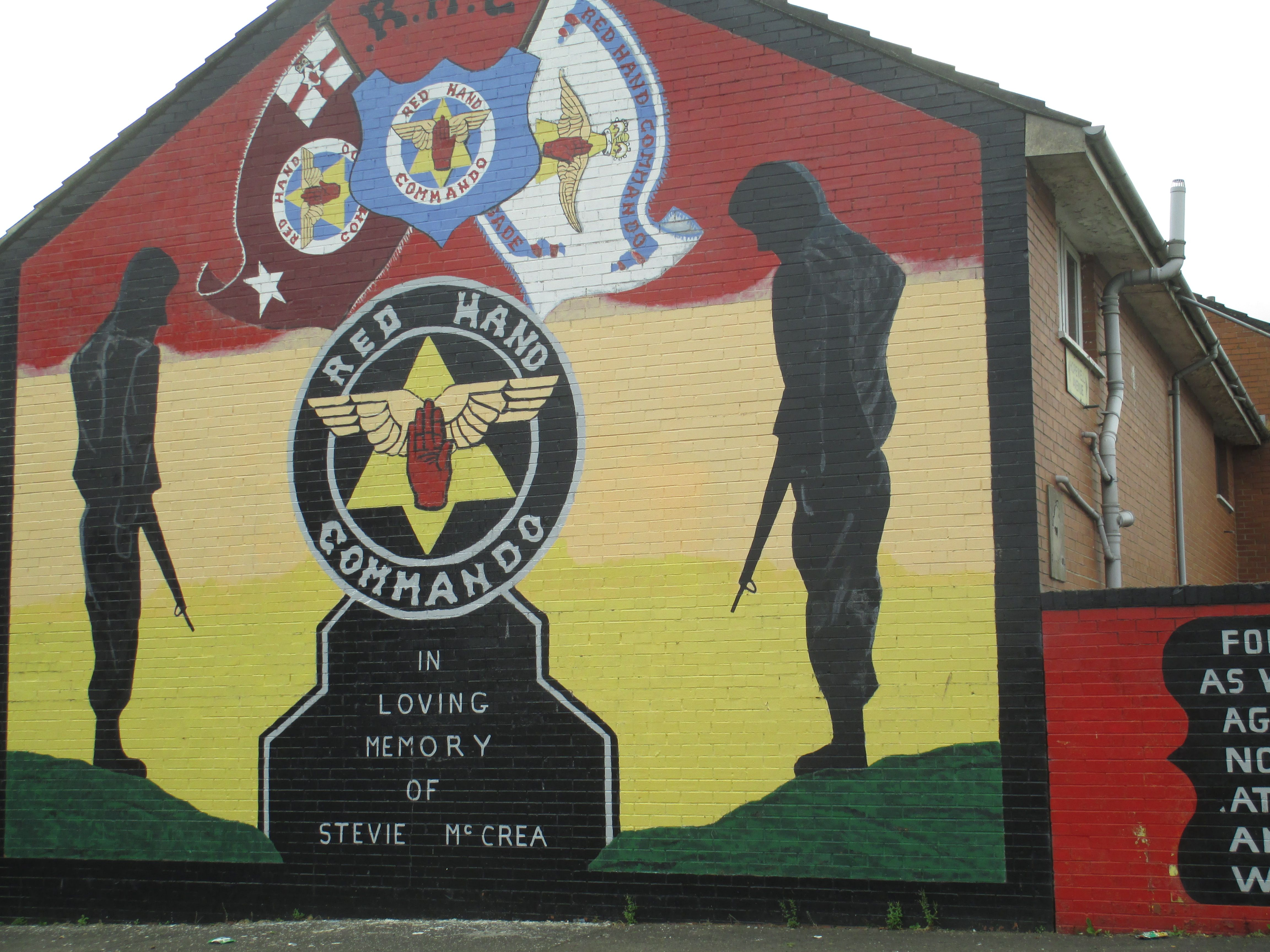 Murals off from shankill road belfast northern ireland for Mural belfast