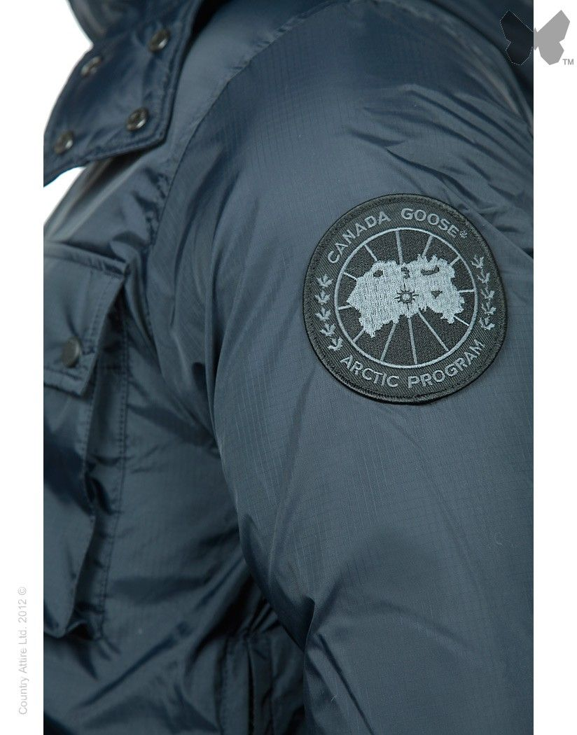 canada goose manitoba jacket graphite