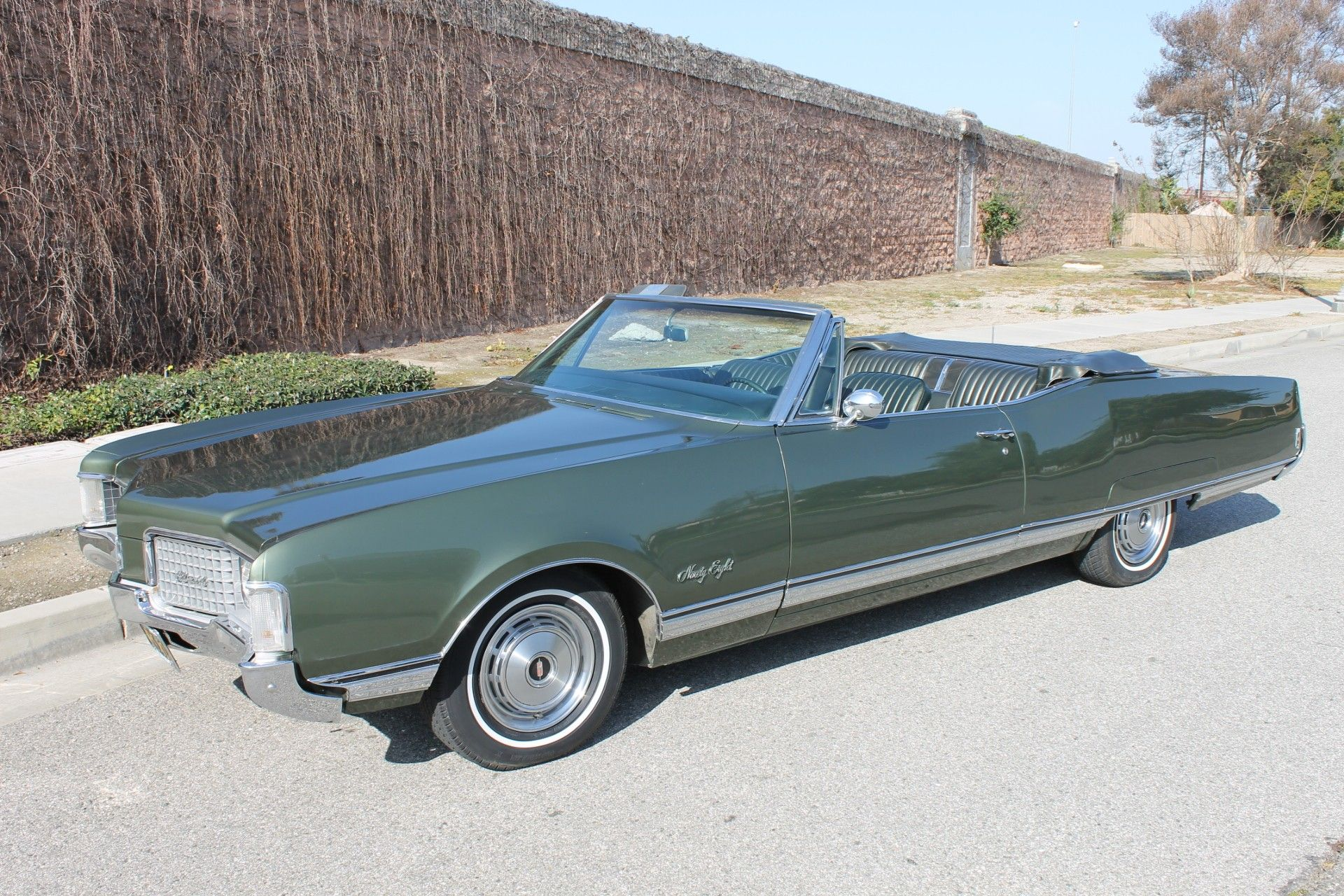 1968 Oldsmobile 98 Convertible Oldsmobile Classic Cars American Classic Cars