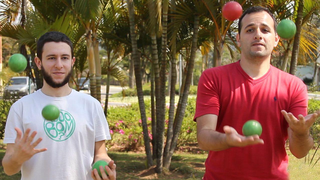 Nosso convidado especial, o malabarista Lucas Abduch, ensina os passos básicos do malabarismo e afirma: qualquer um pode fazer malabarismo com 3