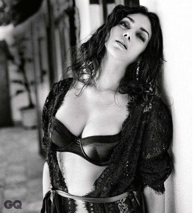 7c10e80e17 Aditi Rao Hydari cleavage