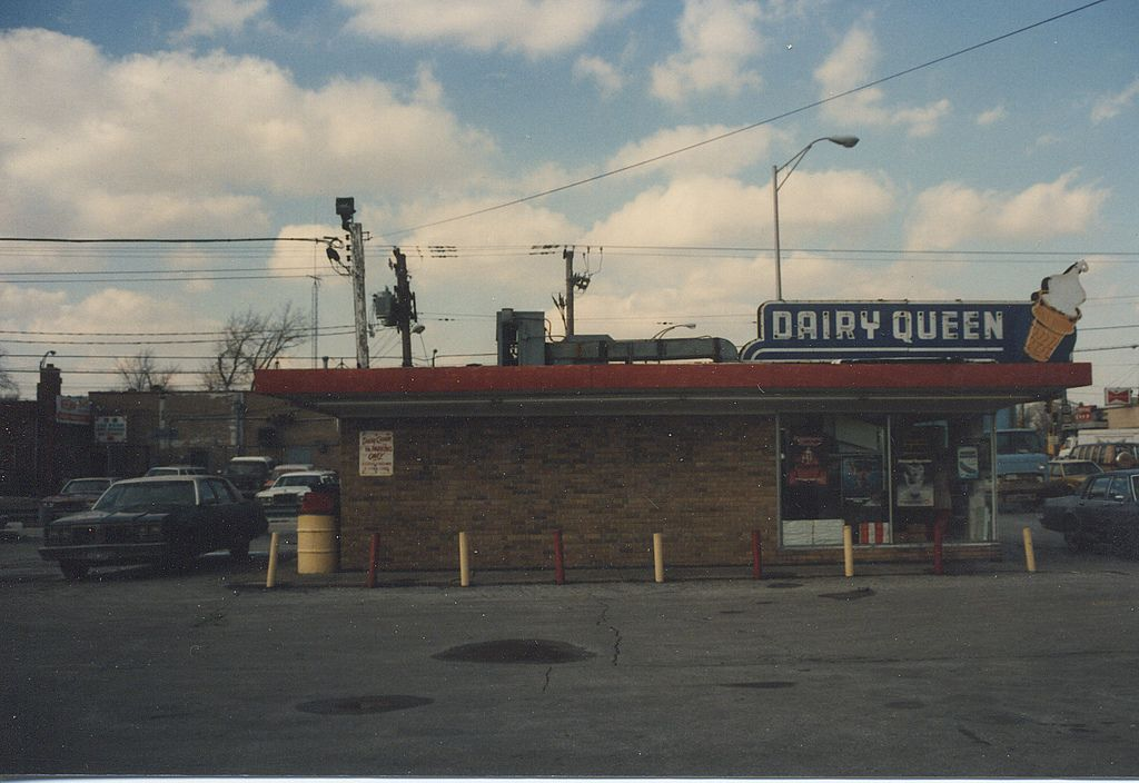 The Old Dairy Queen That Stood On South Kedzie Avenue Near West 95th Street Evergreen Park Ilinois Gone March 1986