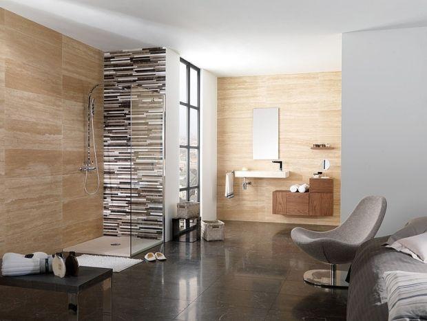 sandstein-fliesen-optik-relaxsessel-ideen-gestaltung-für-bad ... - Gestaltung Wohnzimmer Sandstein