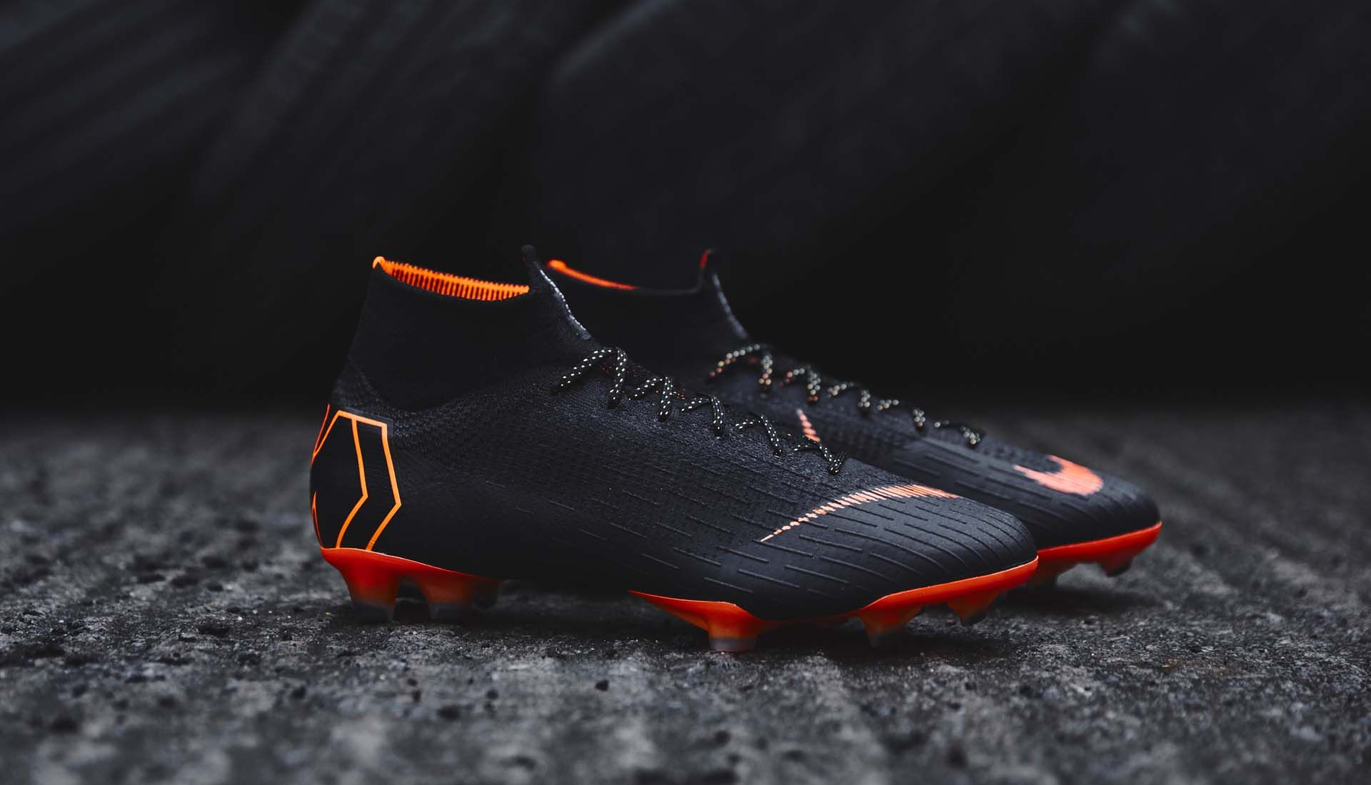 a22fb03df1b 6-merciual-superfly-nike-360-black.jpg Play Soccer