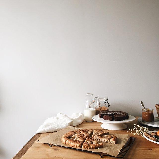 Table de goûters -  beige - ig ophelieskitchenbook instagram