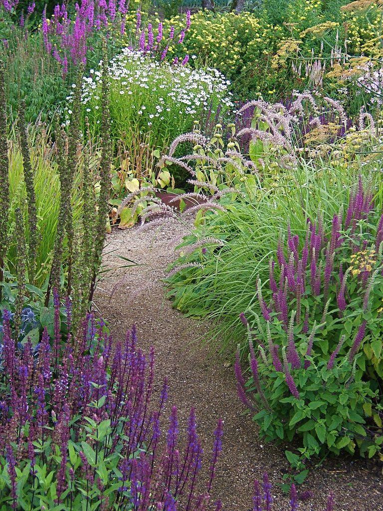 path gardening pinterest garten garten ideen und gartenbeet. Black Bedroom Furniture Sets. Home Design Ideas
