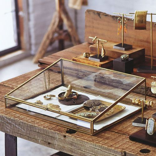 Jewelry Display Supplies Brass Plated Glass Jewelry Display Case
