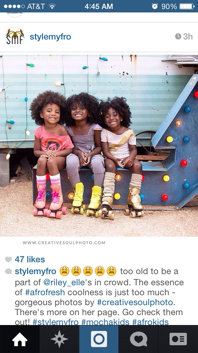 Cuties with Afros. ❤️