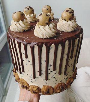 Chocolate Chip Cookie Dough Cake (Vegan) | To Die For #chocolatechipcookiedough
