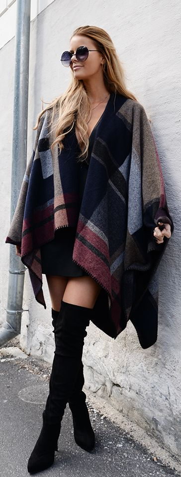 a039758e05bc3 Plaid Poncho Outfit Idea by Annette Haga   Plaid   Pinterest   Mode ...