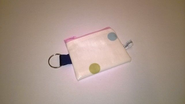 Oilcloth mini coin purse, key ring, cream with spots, fits lip vaseline, gift £3.99
