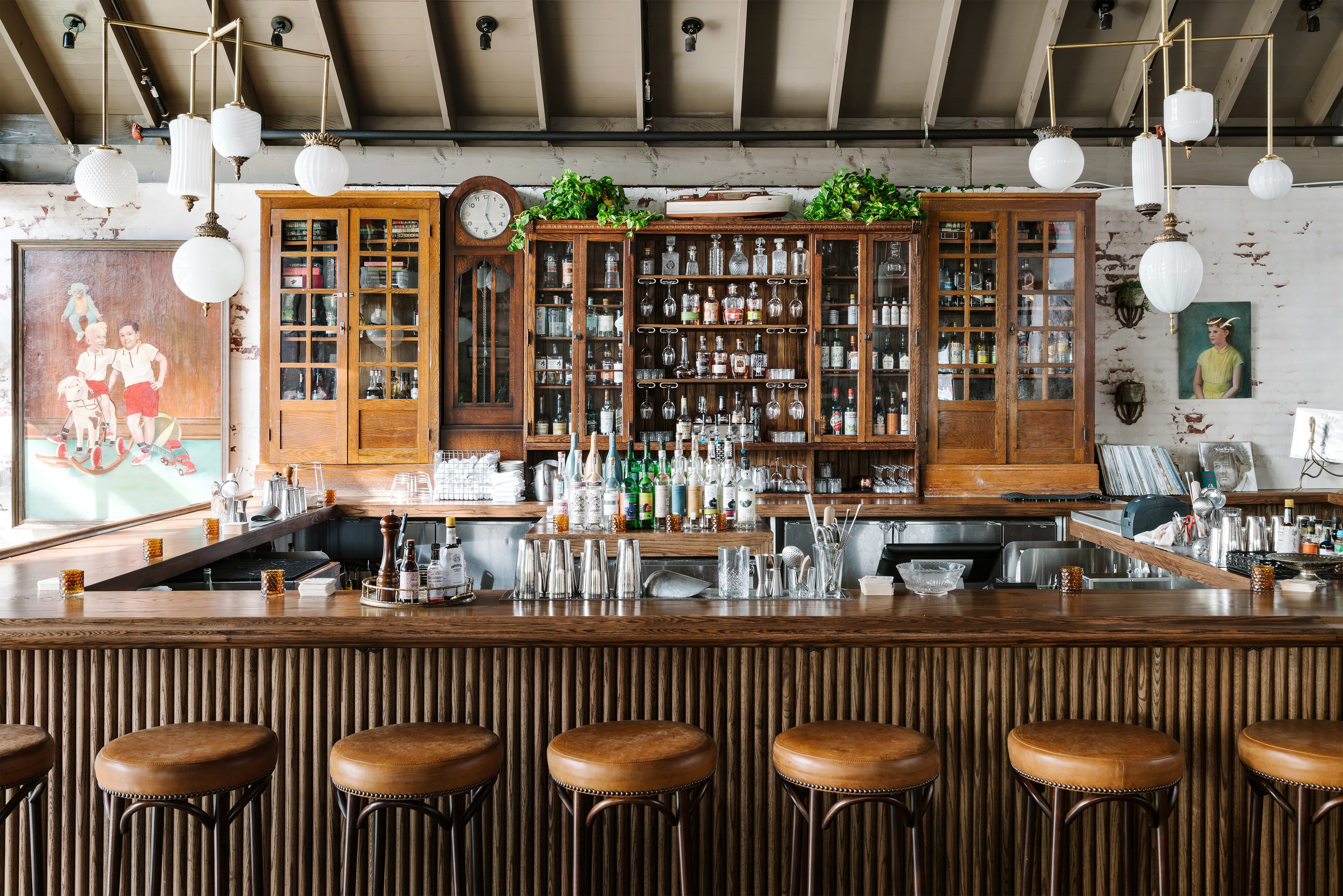 4 Houston Hotels To Hit For Happy Hour Hotel Icon Hotel Sorella