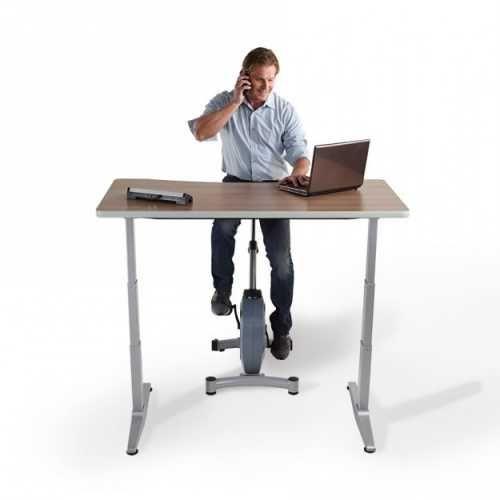 Le Velo Pour Bureau Debout Est L Option Parfaite Si Vous Recherchez A Ajouter De L Activite Physique Dans Votre Journee De Tra Bureau Debout Velo Bureau Bureau