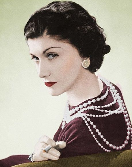 """Coco Chanel... """"A girl should be two things: who and what she wants."""""""