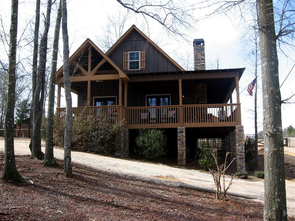 2 Bedroom Cabin Plan With Covered Porch Little River Cabin Ranch Style House Plans Cabin House Plans Lake House Plans