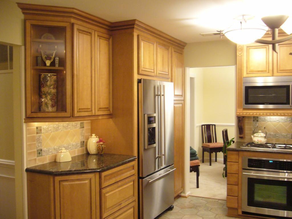 Best Small Kitchen Kitchen Simple Light Maple Kraftmaid Kitchen 400 x 300