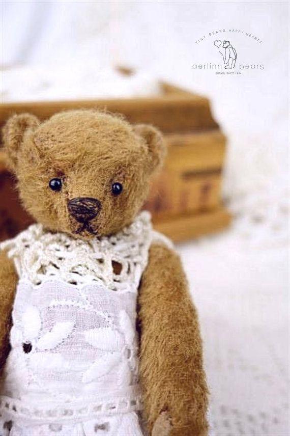 Vintage stijl miniatuur OOAK Mohair kunstenaar teddybeer vanaf Aerlinn Bears