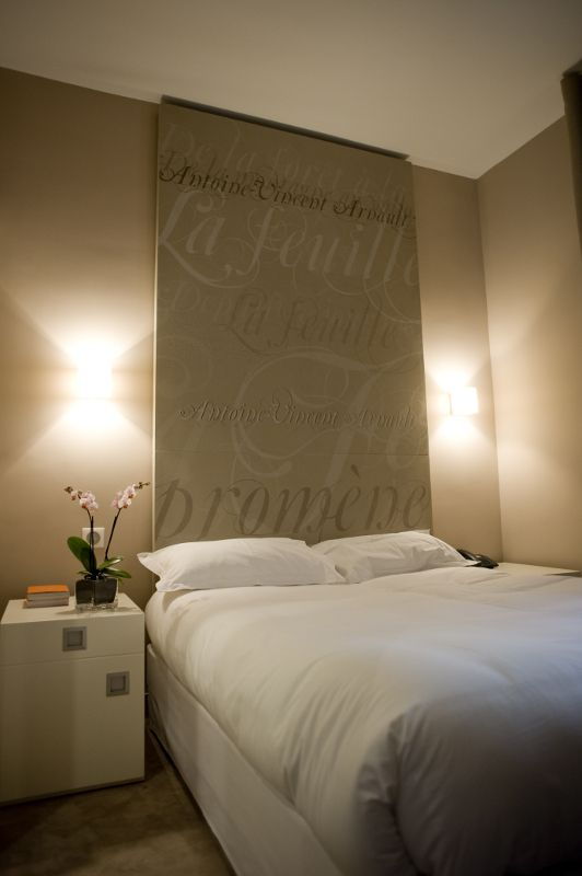 h tel chambellan morgane paris agence del in t te de lit bedroom pinterest bedrooms. Black Bedroom Furniture Sets. Home Design Ideas