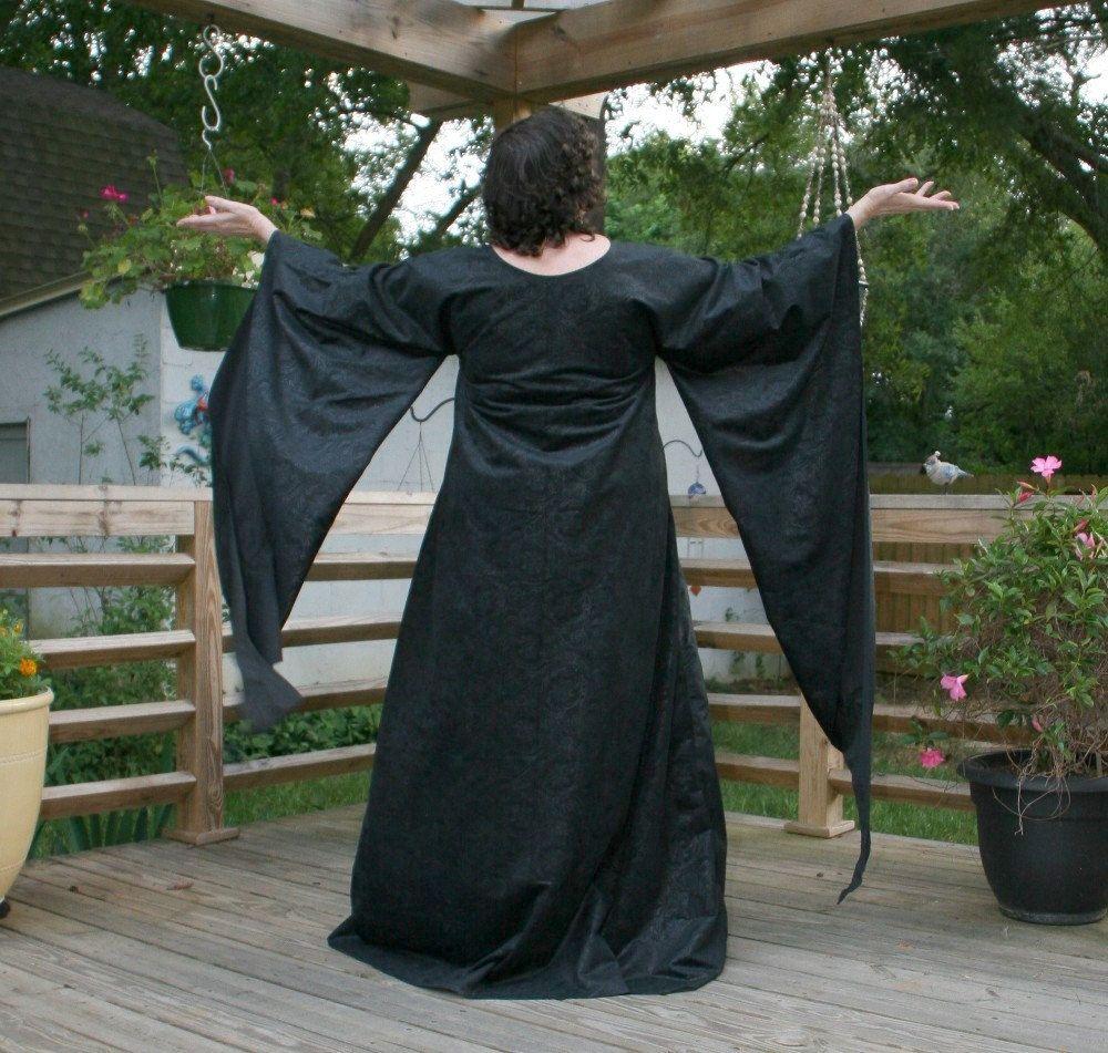 Maleficent Guinevere Black Jacobean Flocked Velvet Gown Roman Medieval Renaissance Fantasy Garb (100.00 USD) by DonnasDesignsSC