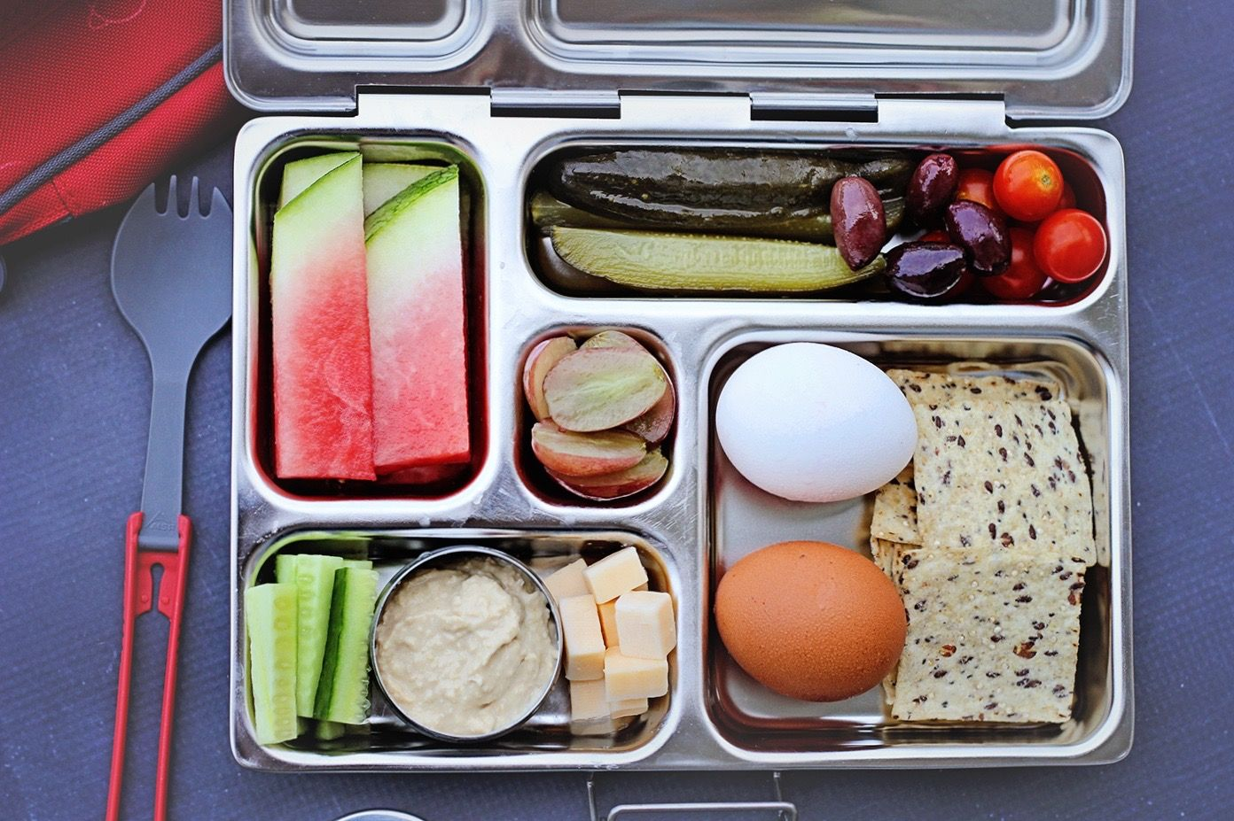 This Beautiful And Simple Lunch Is Made By Simply Whole Foods In A PlanetBox Rover