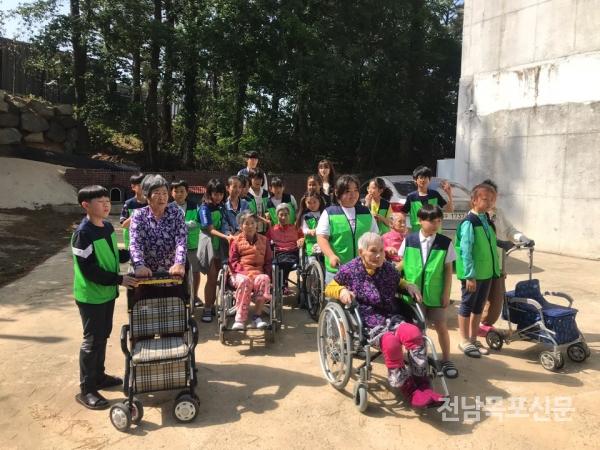 영암초등학교 氣찬 나눔봉사 동아리 운영 손주 요양원
