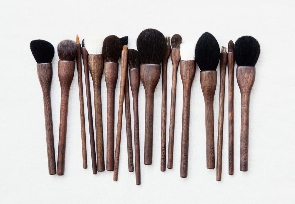 "Photo of Makeup brush ""UBU"" – Beauty products – SHAQUDA – Wood – Other | MOM"