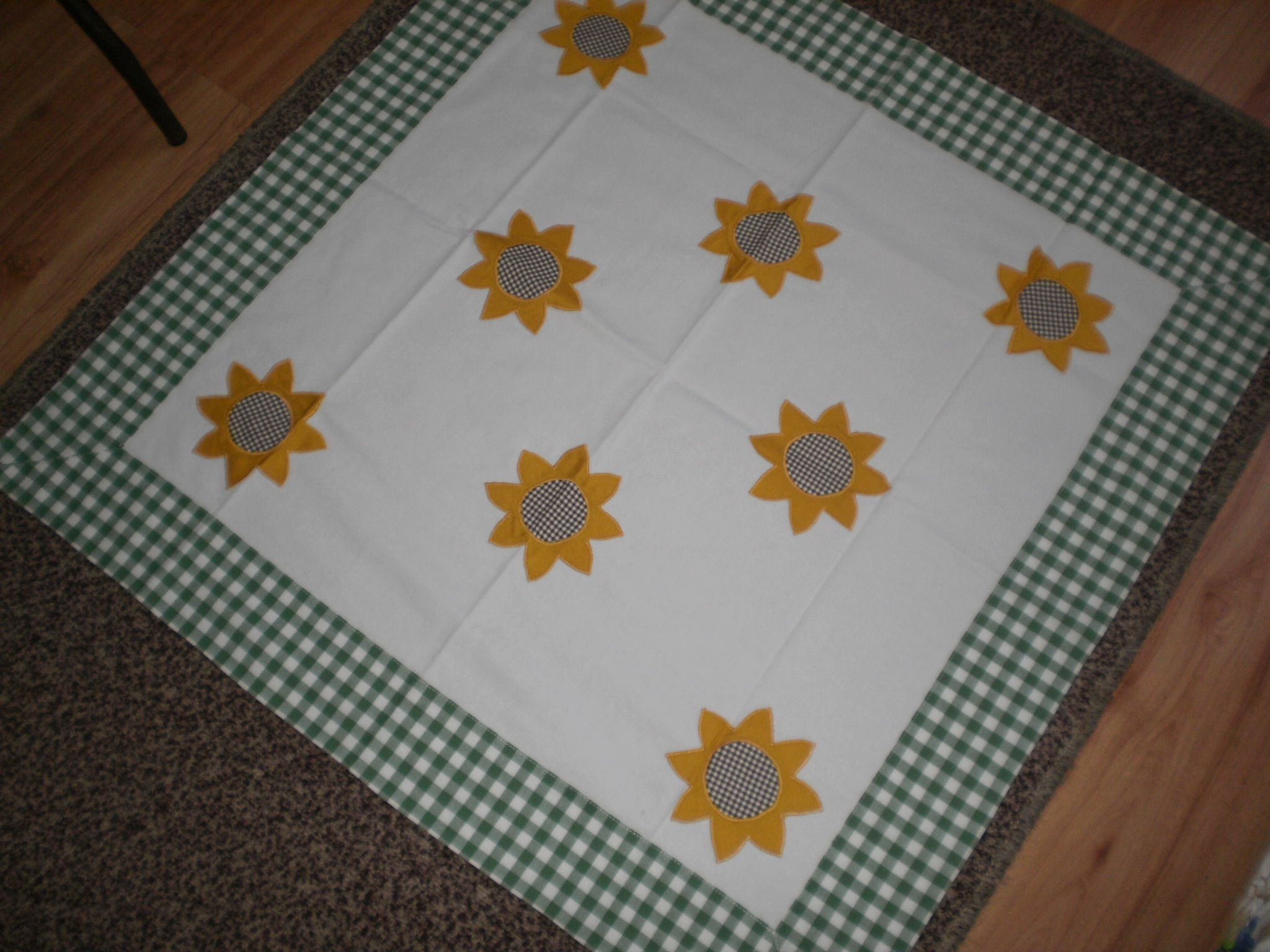 tablecloth with sunflowers application :)