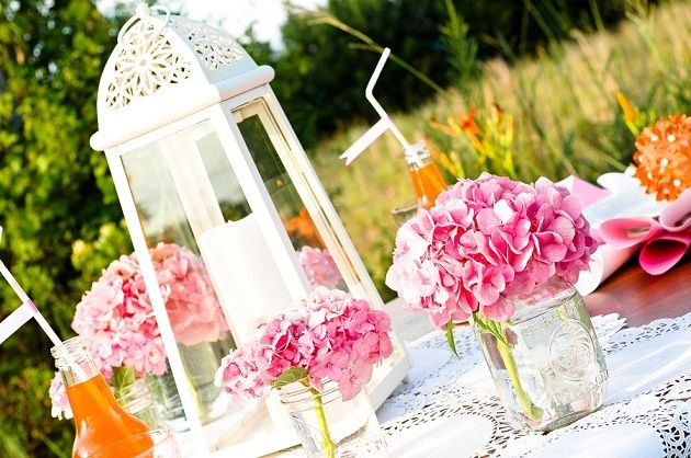 Bridal luncheon table